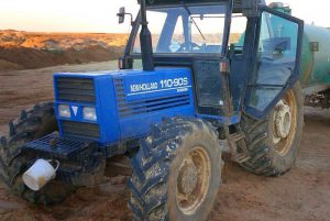NEW HOLLAND 110-90 S